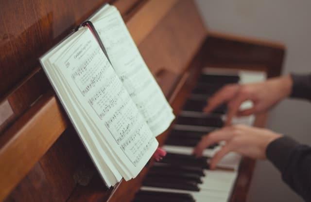 Die 10 besten Bücher zum Klavier selber lernen, Buch-Tipps